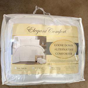 Elegant Comfort Full / Queen Goose Down Comforter